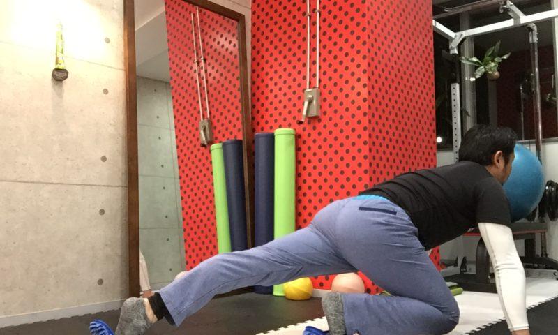 お腹周りのダイエットトレーニング「プランクアダクション&アブダクション」別バージョン
