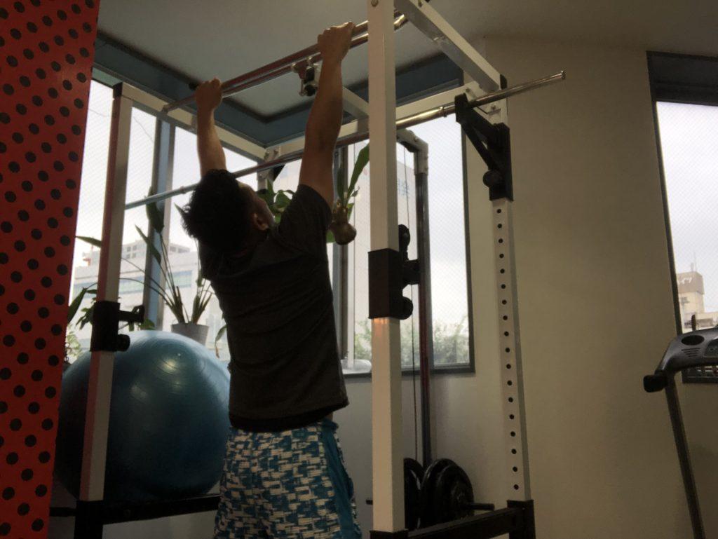 簡単で効果的な背中に効くエクササイズ